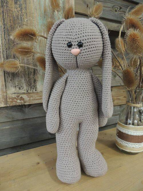 XXL Funny Bunny Basic staand of zittend Big Nose taupe
