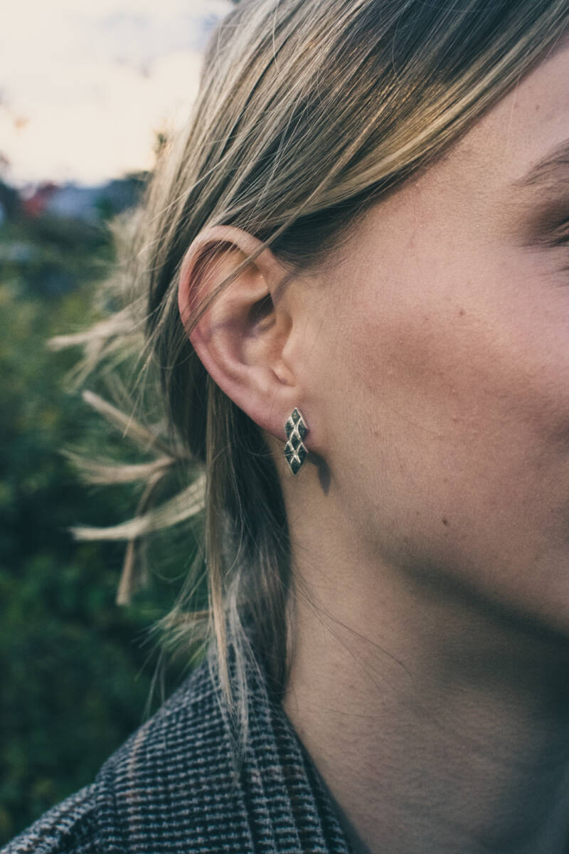 """Geometric ear studs with print from the """"impressions collection"""""""