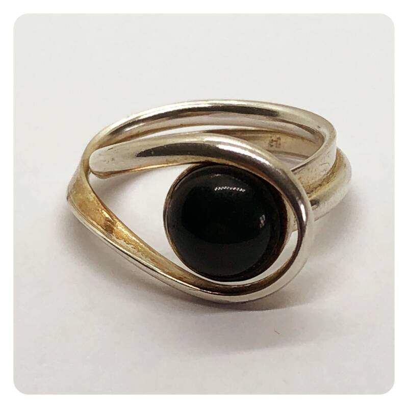 Silver ring with a  rainbow obsidian