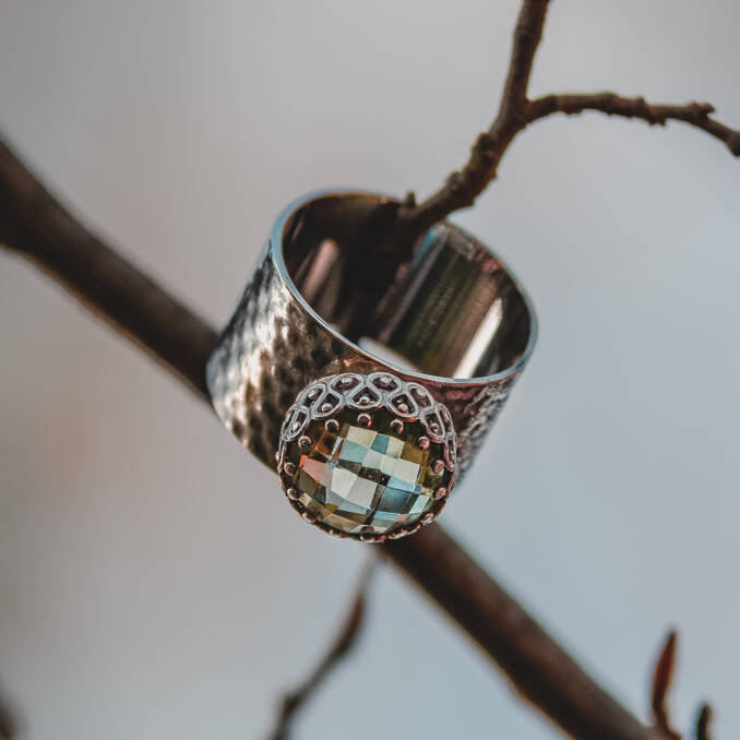 Sterling silver ring with beautiful prasiolite