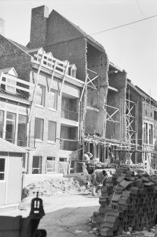 RCE-vdWal-collGebouwd-103636Stokstraat-1966.jpg