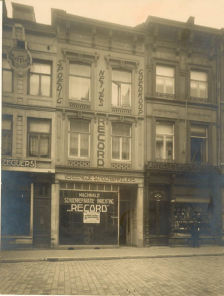 RHCL-collGAM-22864-MtrBrugstraat23tot25-1925.jpg