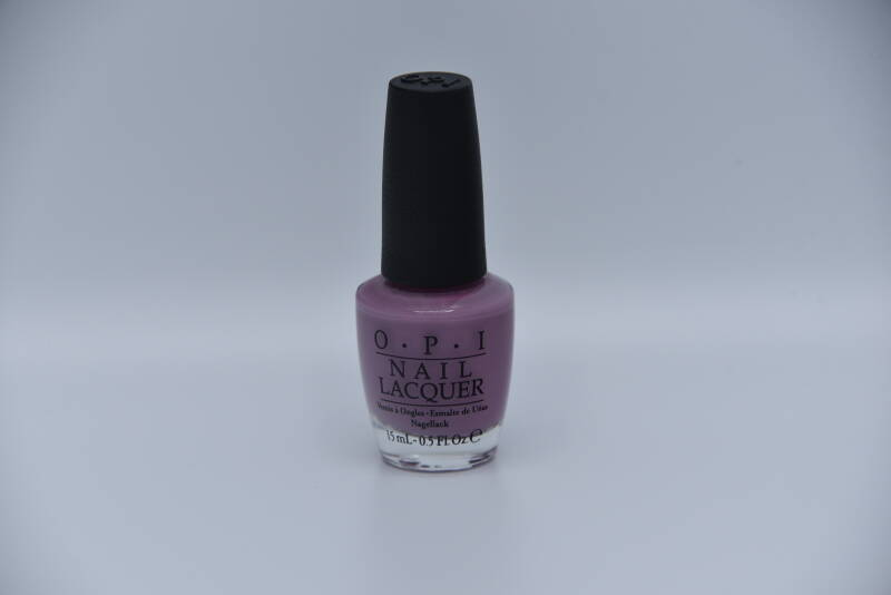 OPI - One Hekla of a Color