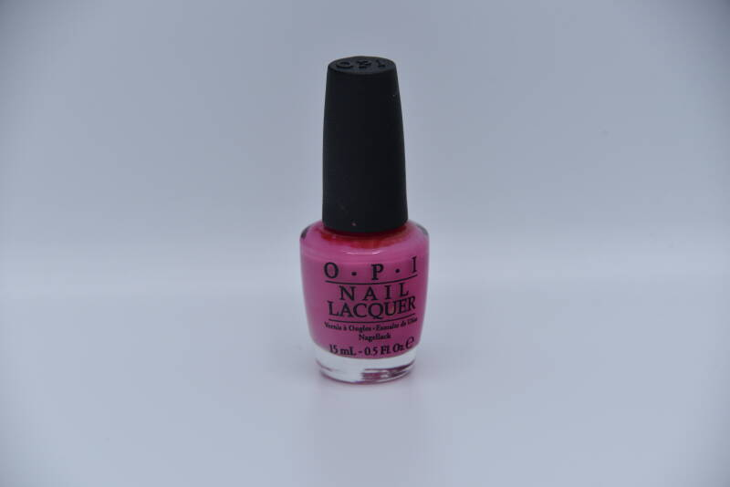 OPI - Suzy Has A Swede Tooth