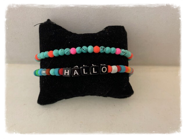 Armbandje kralen HAPPY & Hallo
