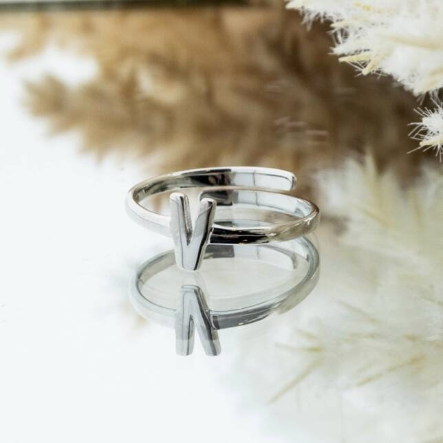 Imotionals One Size Letter Ring V Zilver
