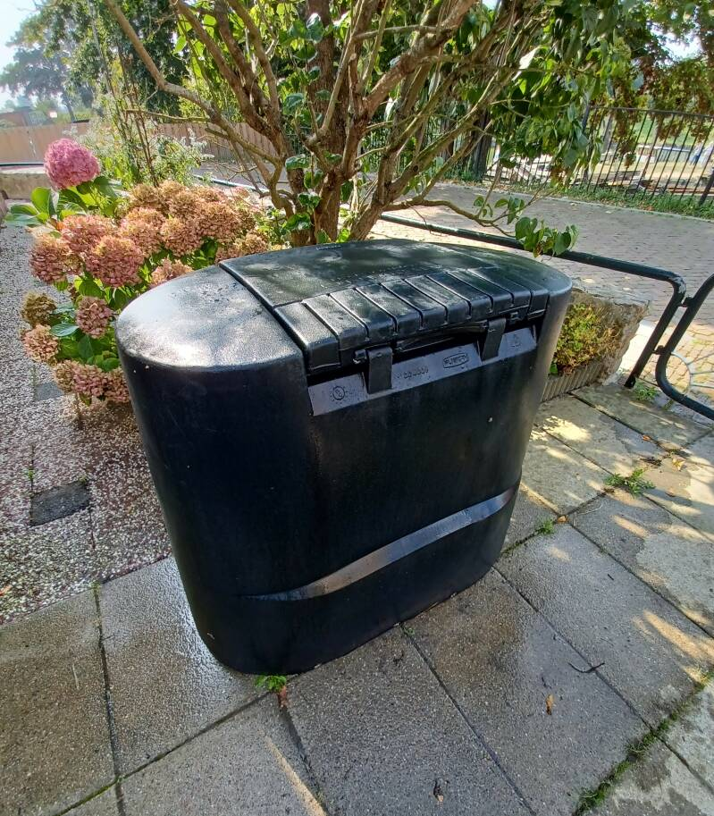 Airgoing Composter