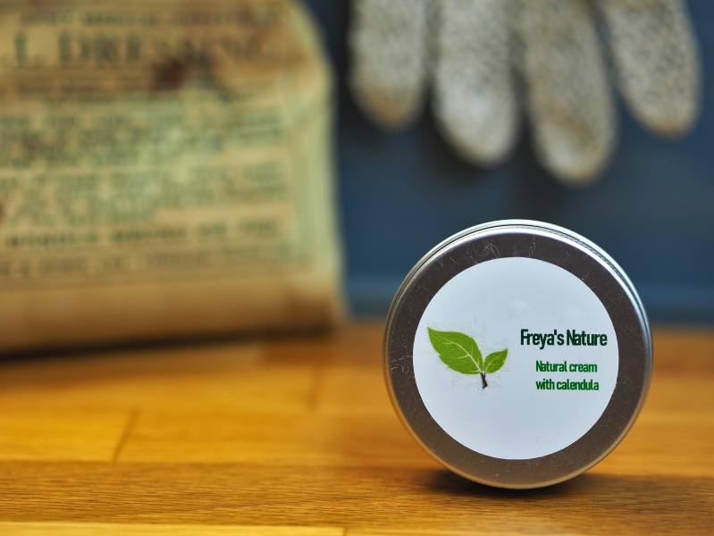 Freya's natural cream with calendula