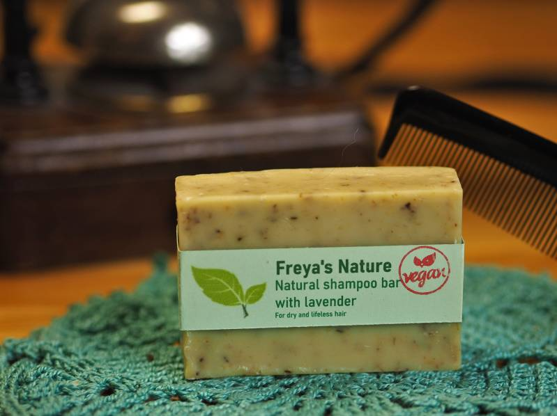 Freya's natural shampoo bar with lavender