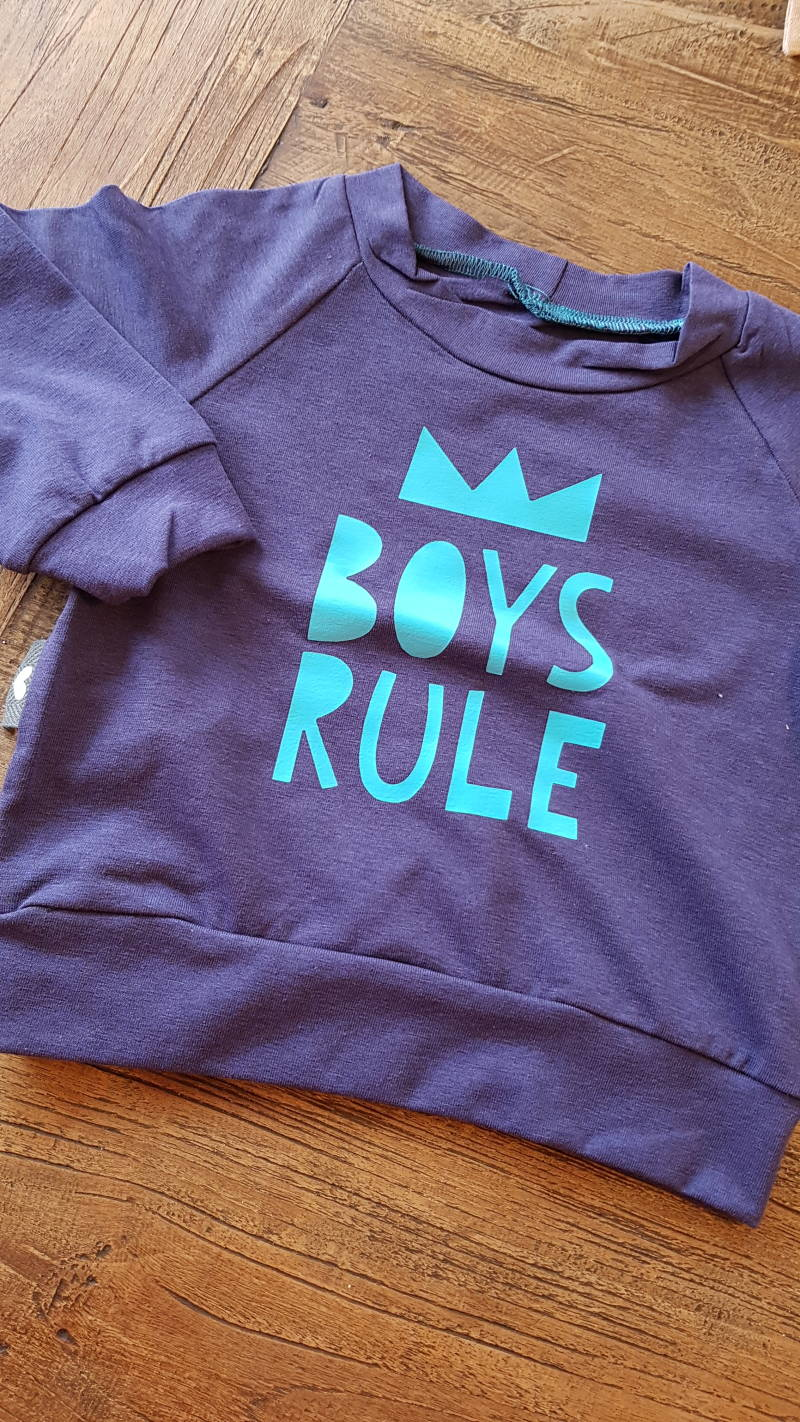 Sweater boys rule maat 68