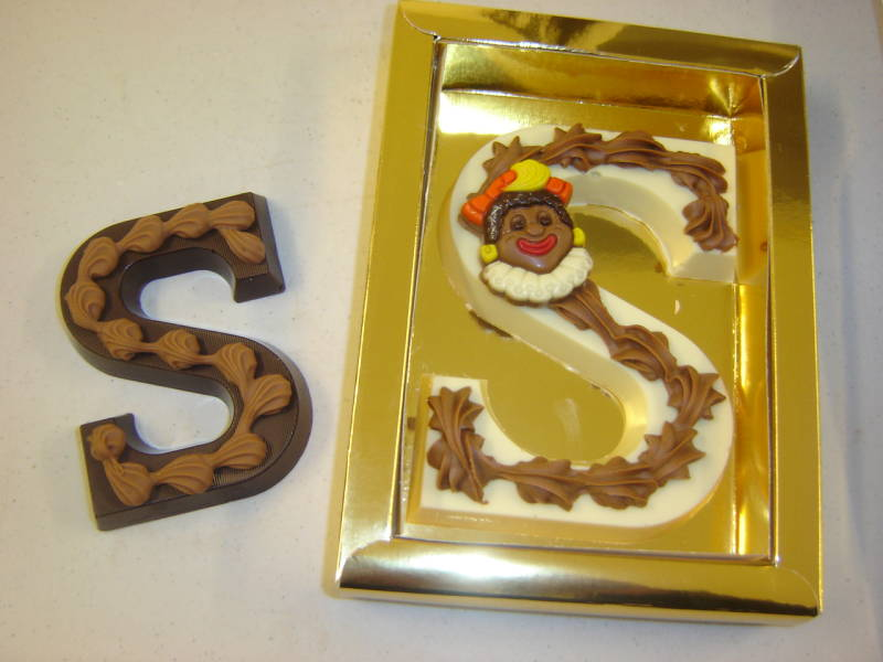 Chocolade letters in luxe verpakking