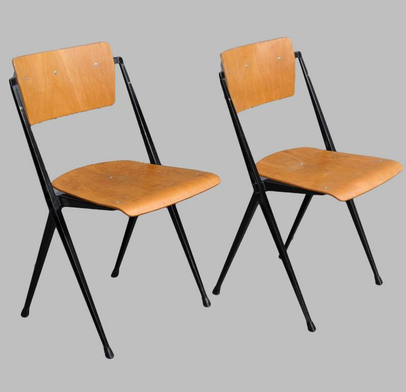 Wim Rietveld Pyramid chair, 2 available