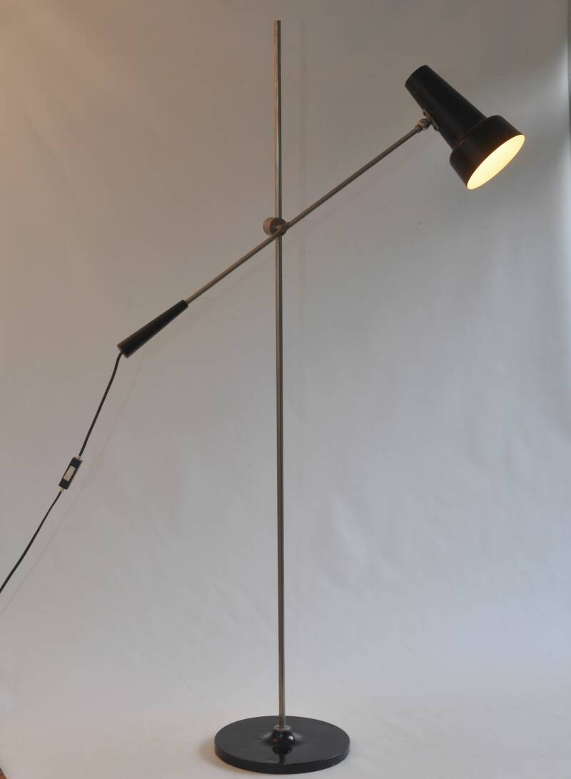 Hagoort 329 standing lamp - black, two available