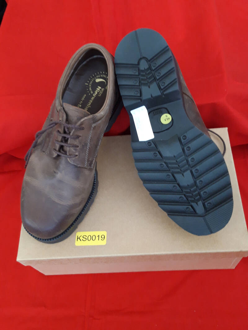 KS0019 Schoenen Ariston