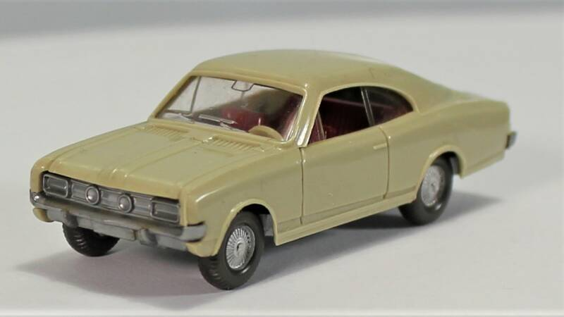 Wiking 1/87 H0 84/1 Opel Commodore Coupé