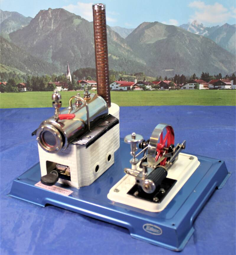 Wilesco real steam D 10 Stationaire stoommachine.