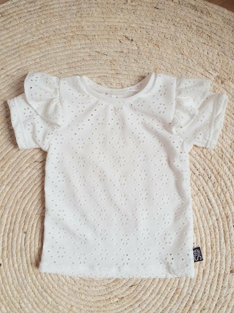 Ruffle top   broderie