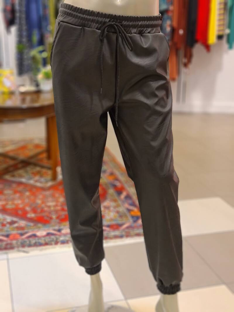 Leatherlook broek zwart no zipper