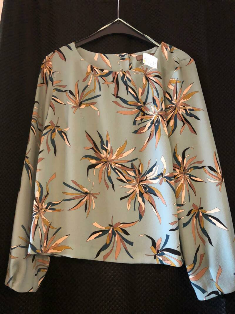 LICHTBLAUWE BLOUSE COMME CA SIZE 42