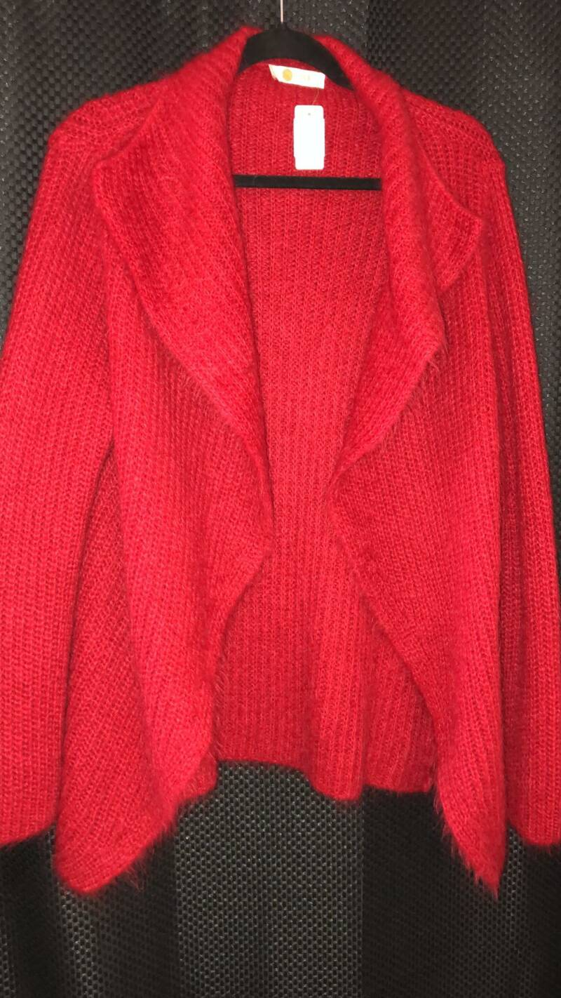 RODE WOLLEN CARDIGAN  ONE  SIZE S/ M