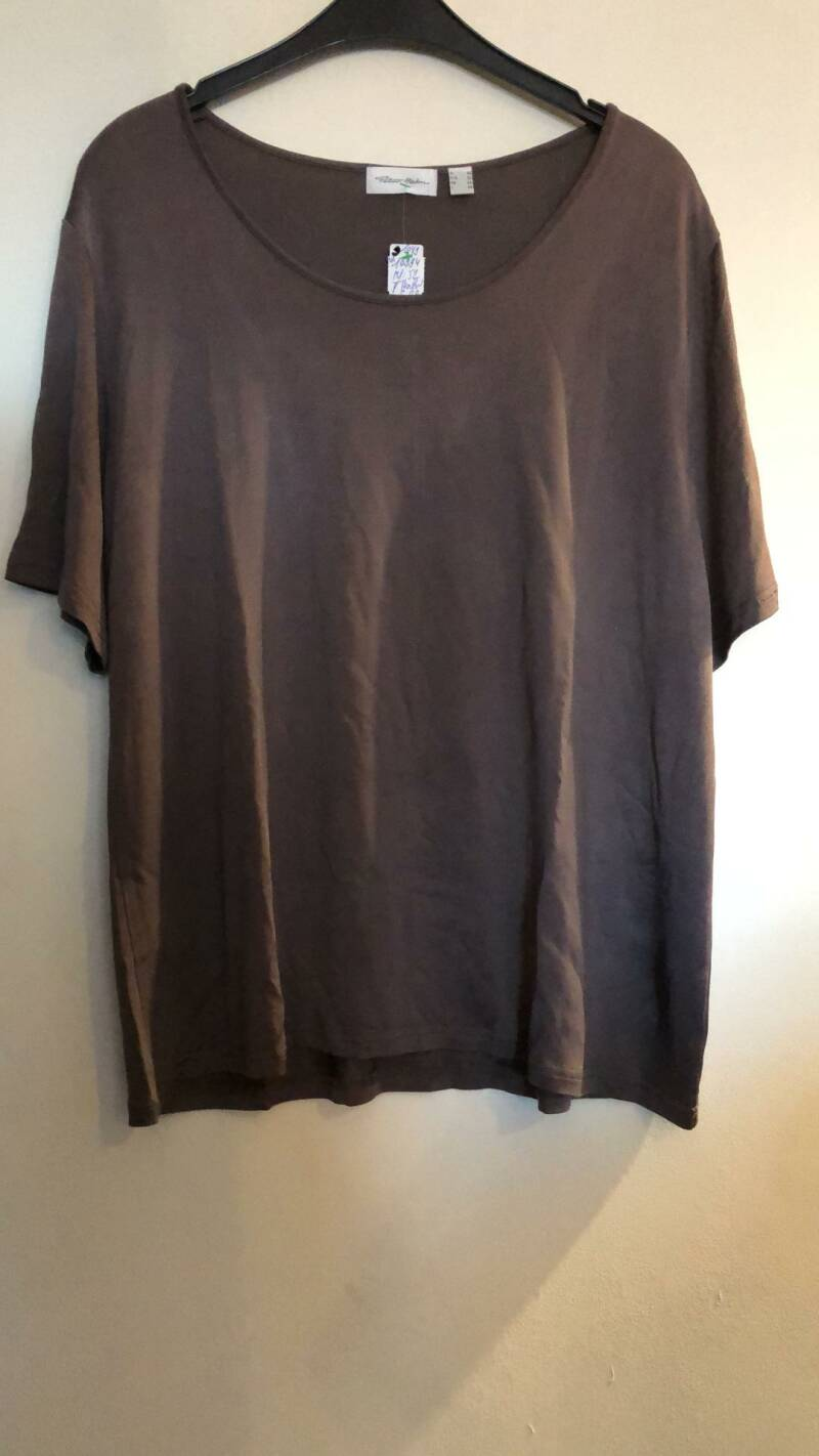 BLOUSE TAUPE  NIEUW PETER HAHN SIZE 52