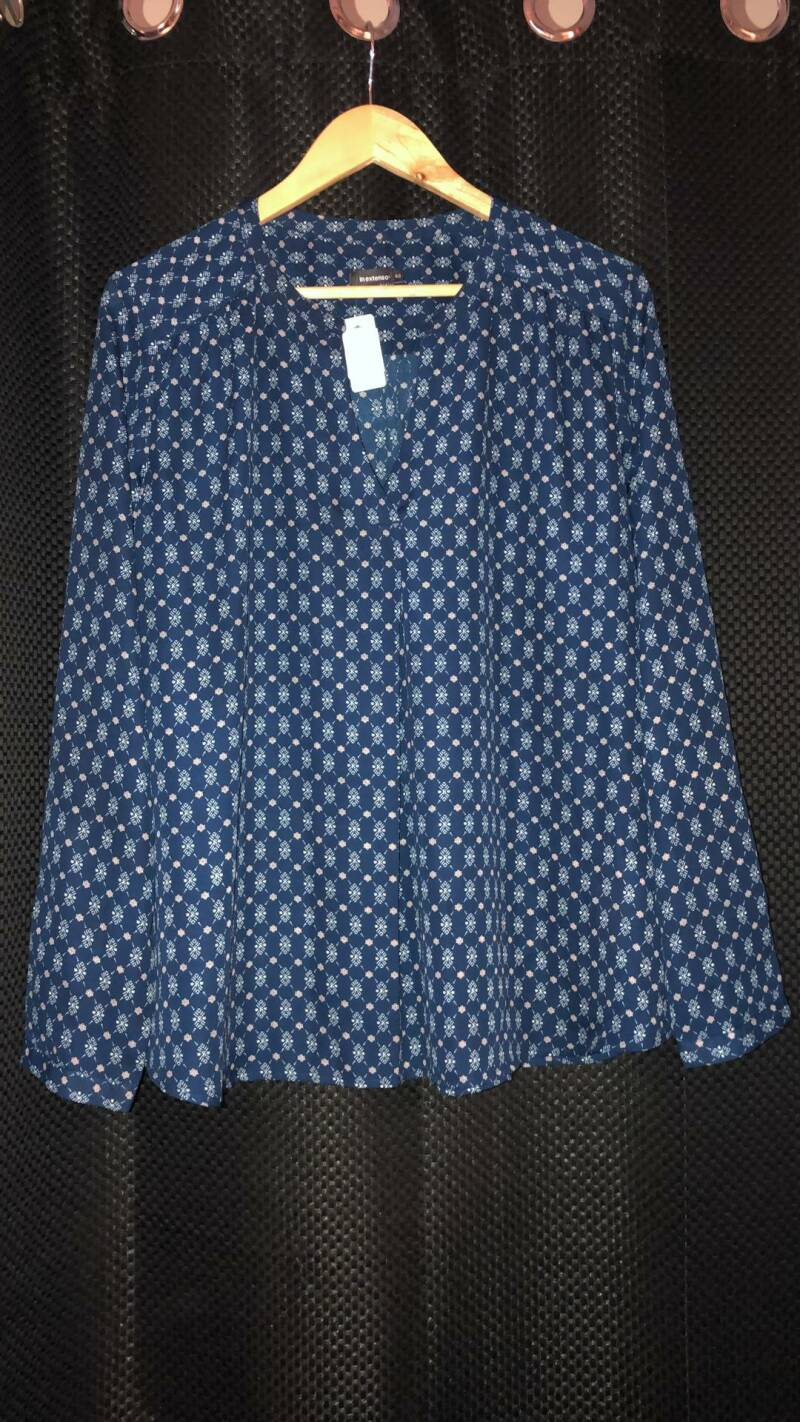 BLAUWE BLOUSE  IN EXTENSO SIZE 46