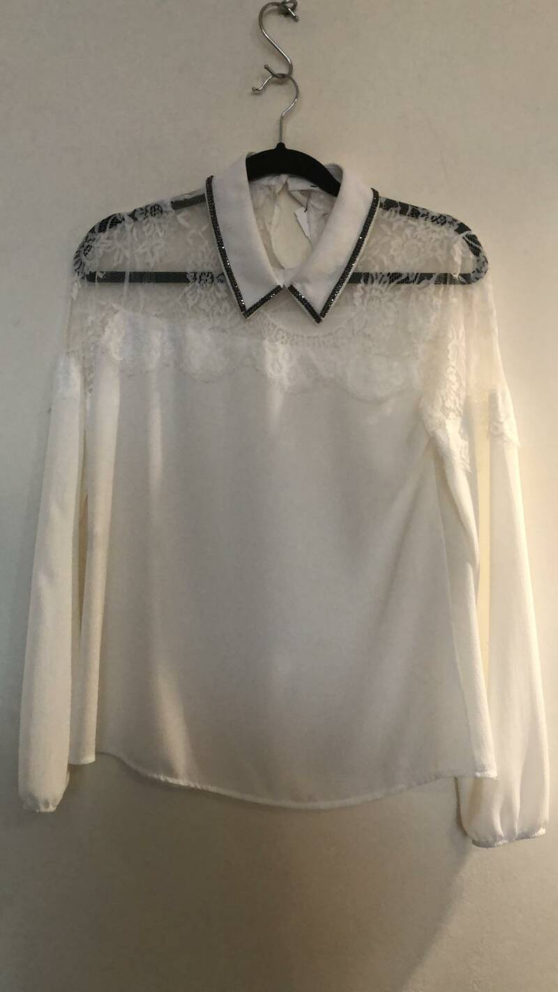 BLOUSE MET KANT WIT SIZE M
