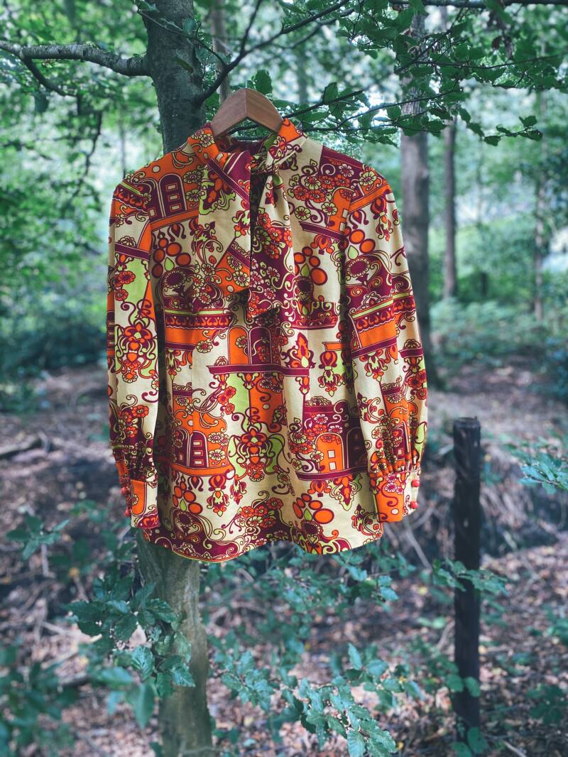 Vintage polyesther blouse
