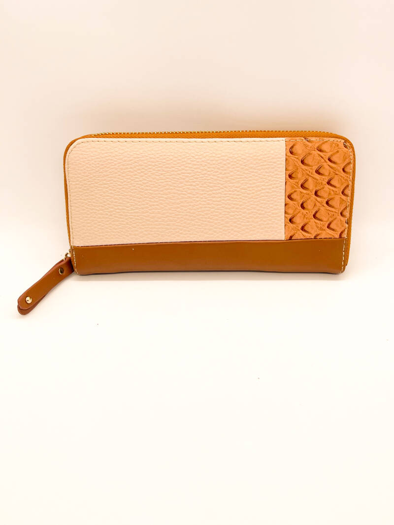 NEW! ⭐️ Wallet Giuliano Brown