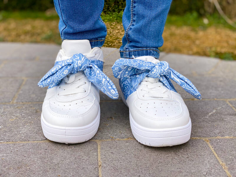 NEW! ⭐️ Sneaker Bow Blue