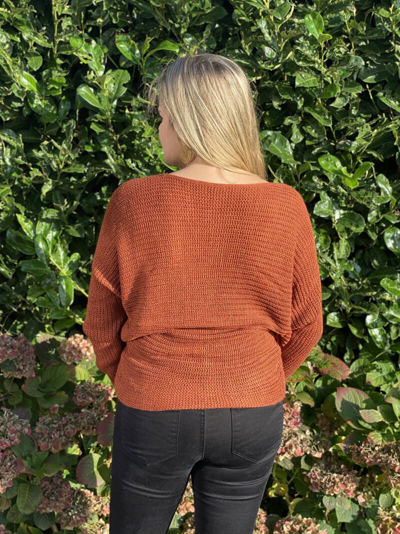Knitted Basic Brown