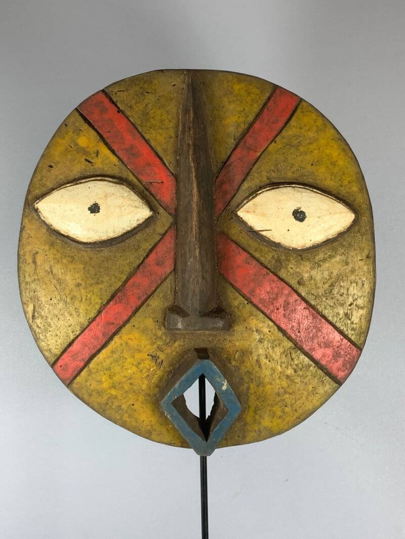 200827 - Old Tribal Used African Nature Spirit plank Bwa mask - Burkina Faso.