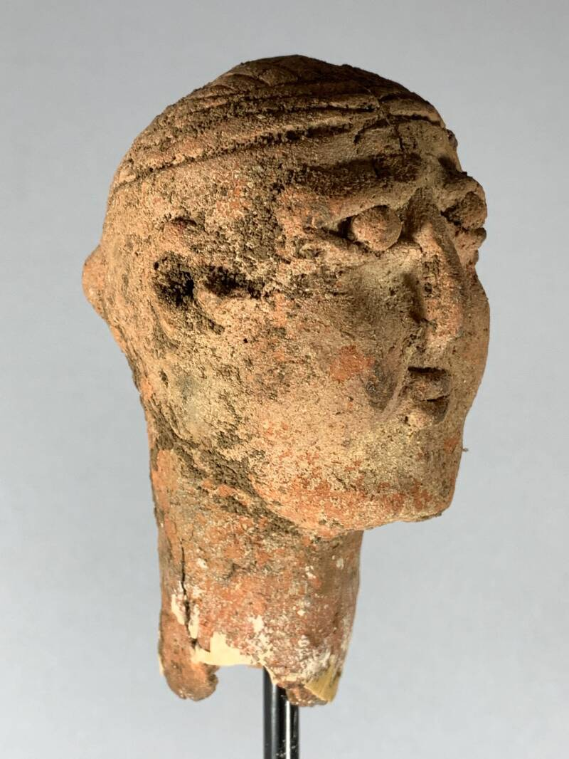 200856 - Extremly Rare Aksumite Falasha Terracotta Female head from Ethiopia