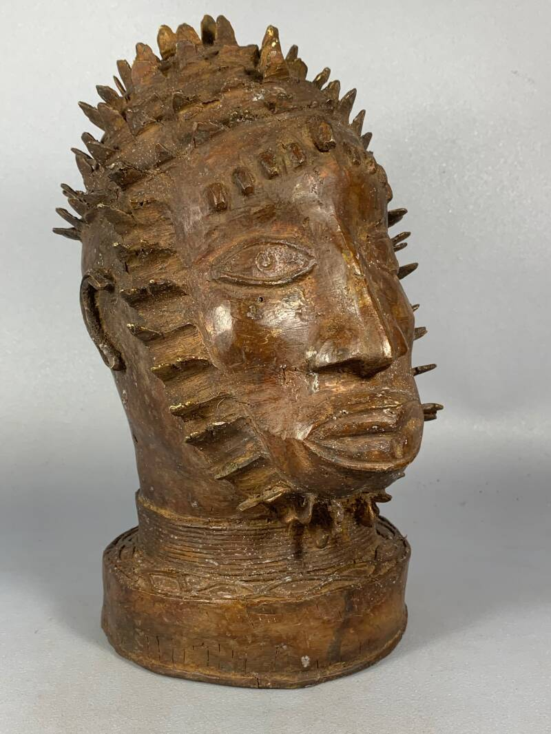 200920 - Large Tribal used African Tikar Bronze head - Cameroon.