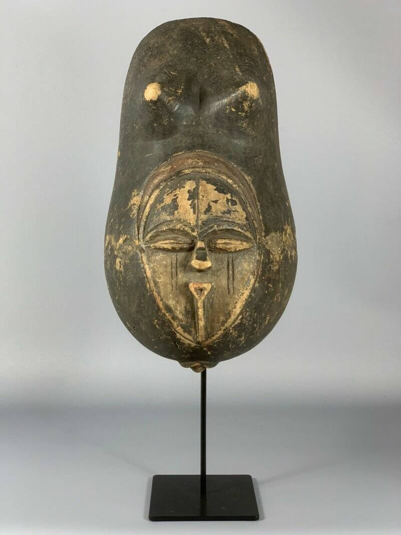 171004 - Old African Tribal used Belly mask from the Vuvi - Gabon.