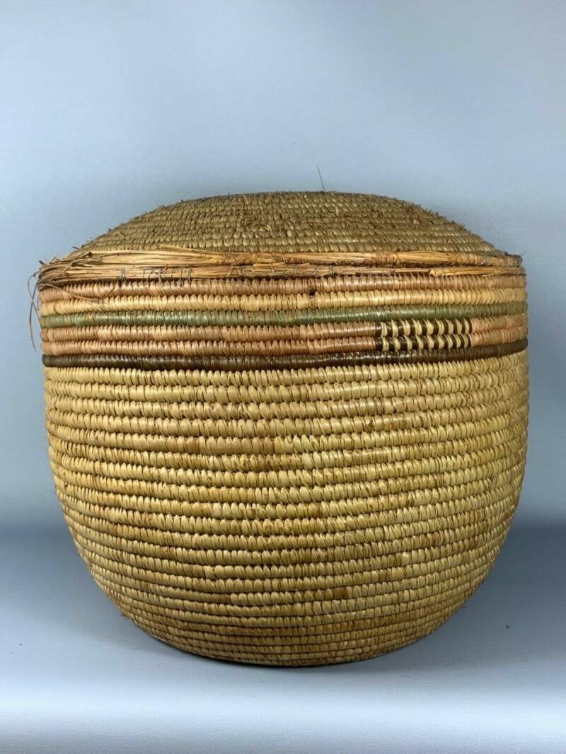 190838 - Large Old Tribal used Traditional Amhara Basket - Ethiopia.