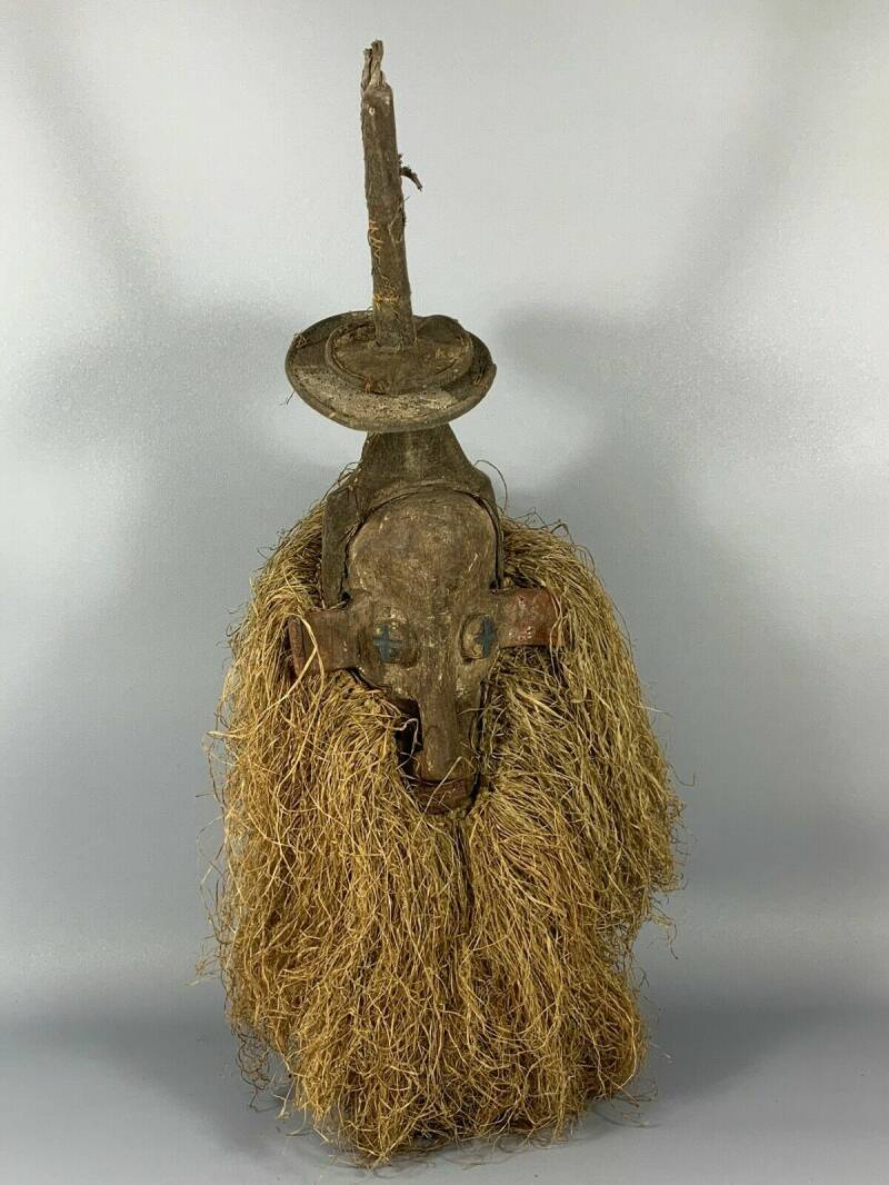 180405 - Old & Rare Tribal used African Yaka mask - Congo.