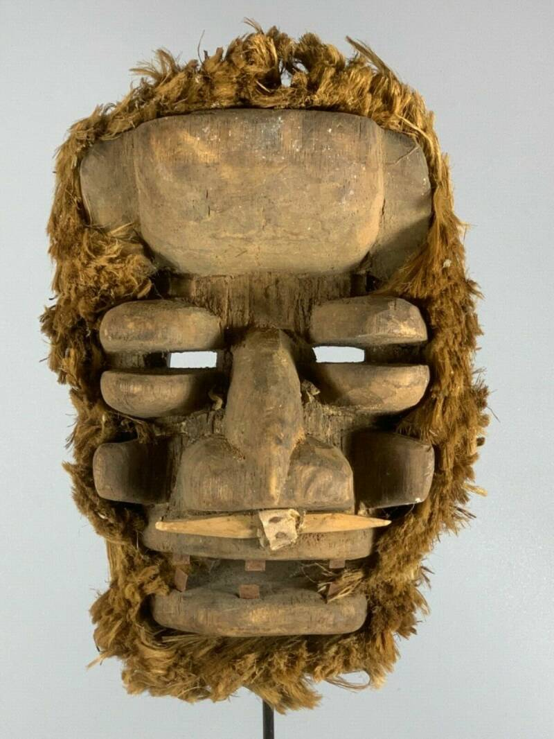200139 - Old tribal used African We Guere mask - Iv. Coast.