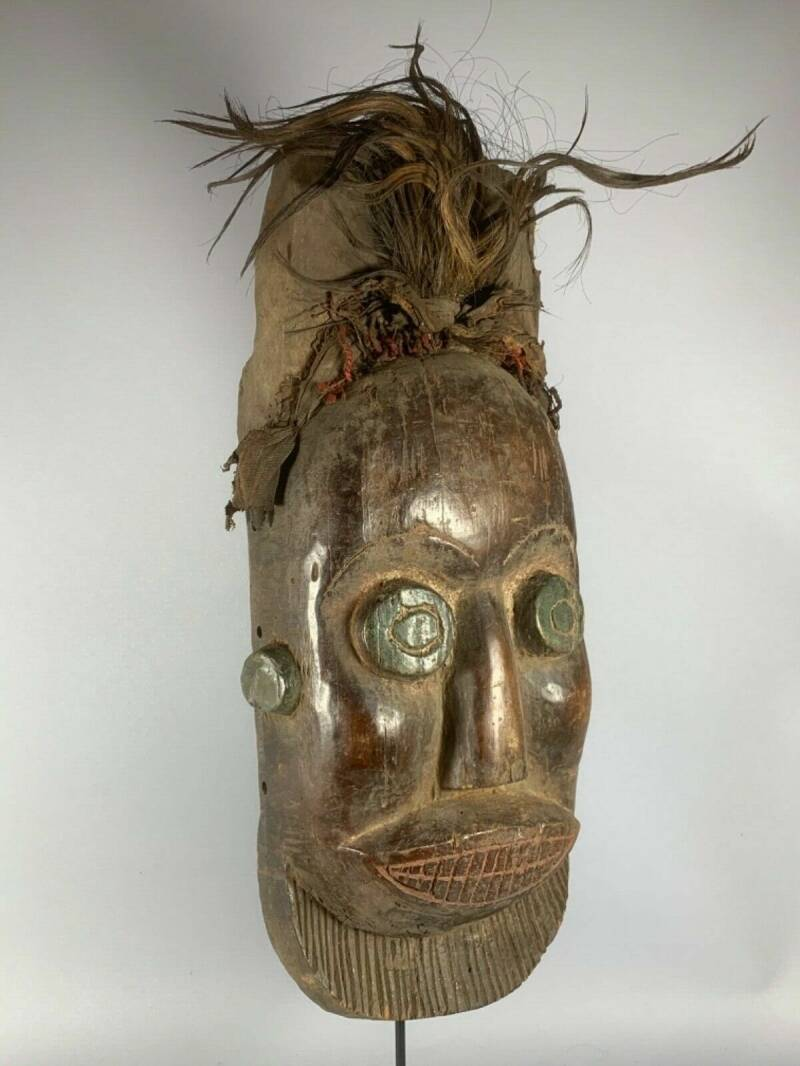 200330 - Old Tribal Used African mask from the Dan - Liberia.