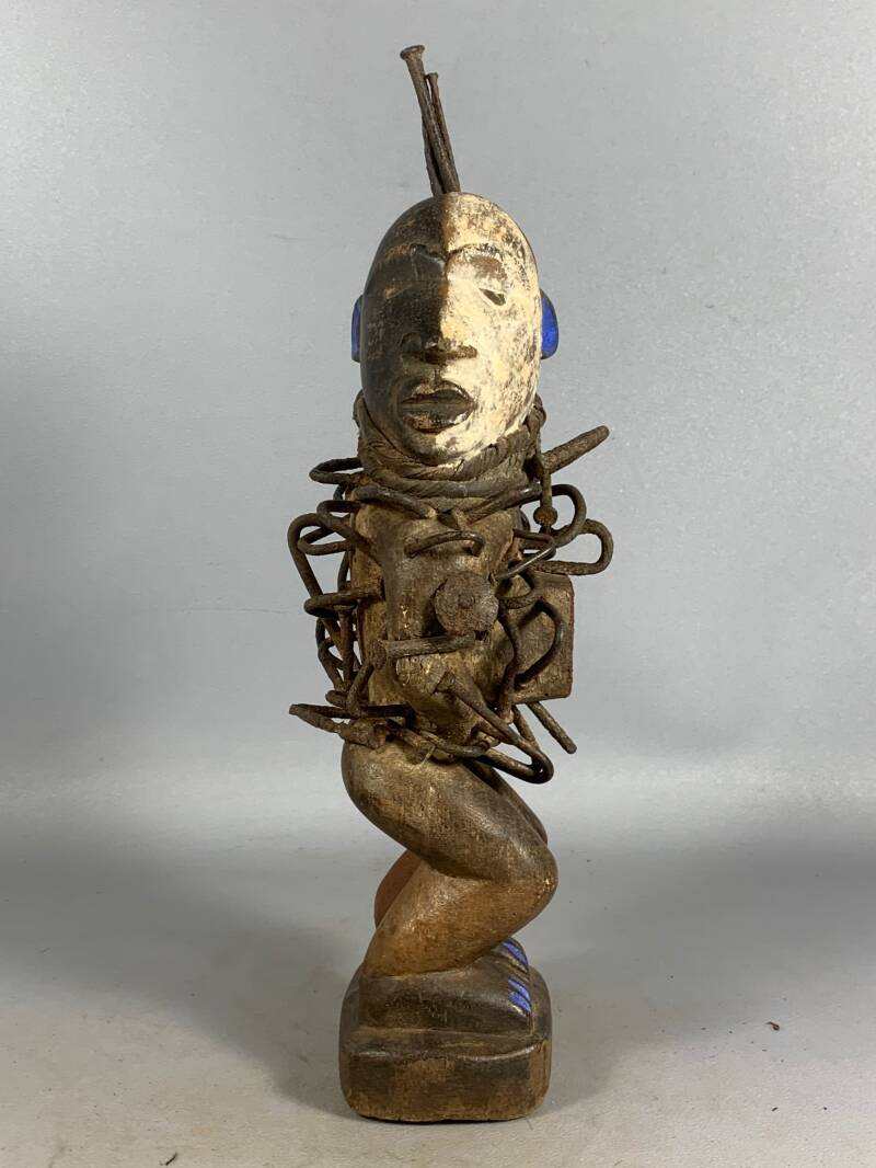 210154 - Old Tribal used African Bakongo magic protection nail statue - Congo.