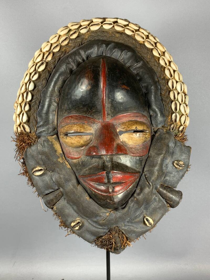 210135 - Old Tribal Used African Dean Gle Mask from the Dan People - Liberia.