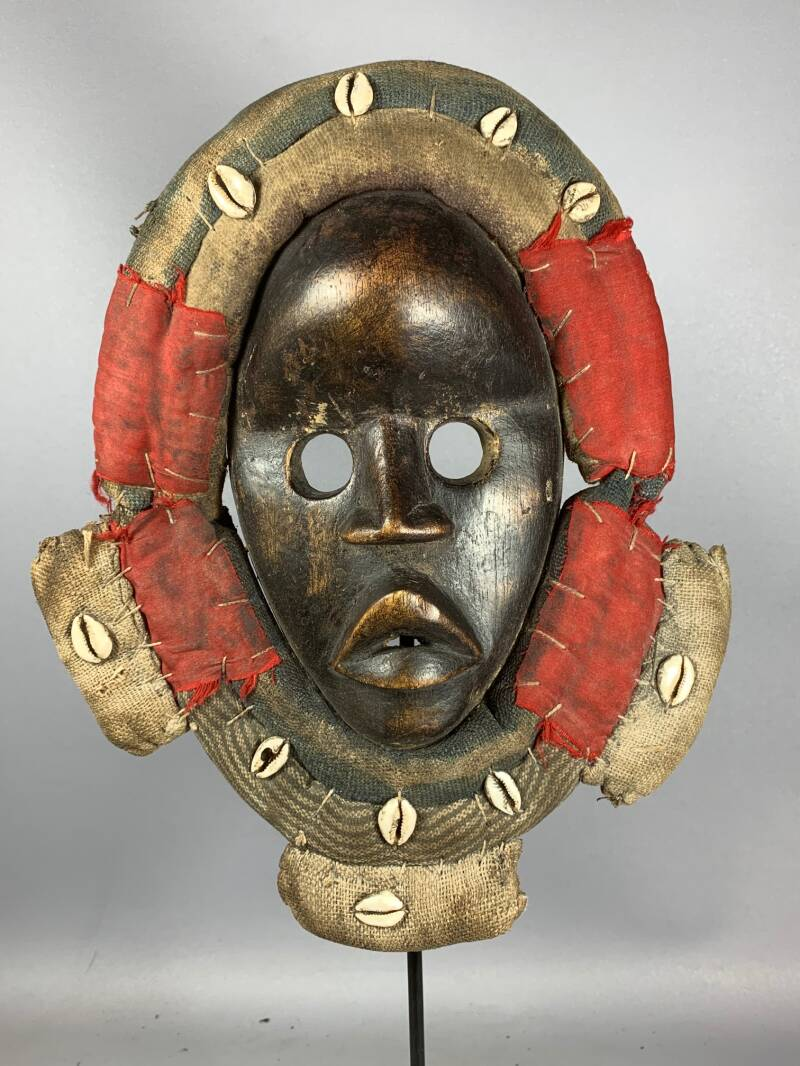 210148 - Tribal Used African Dean Gle Mask from the Dan People - Liberia.