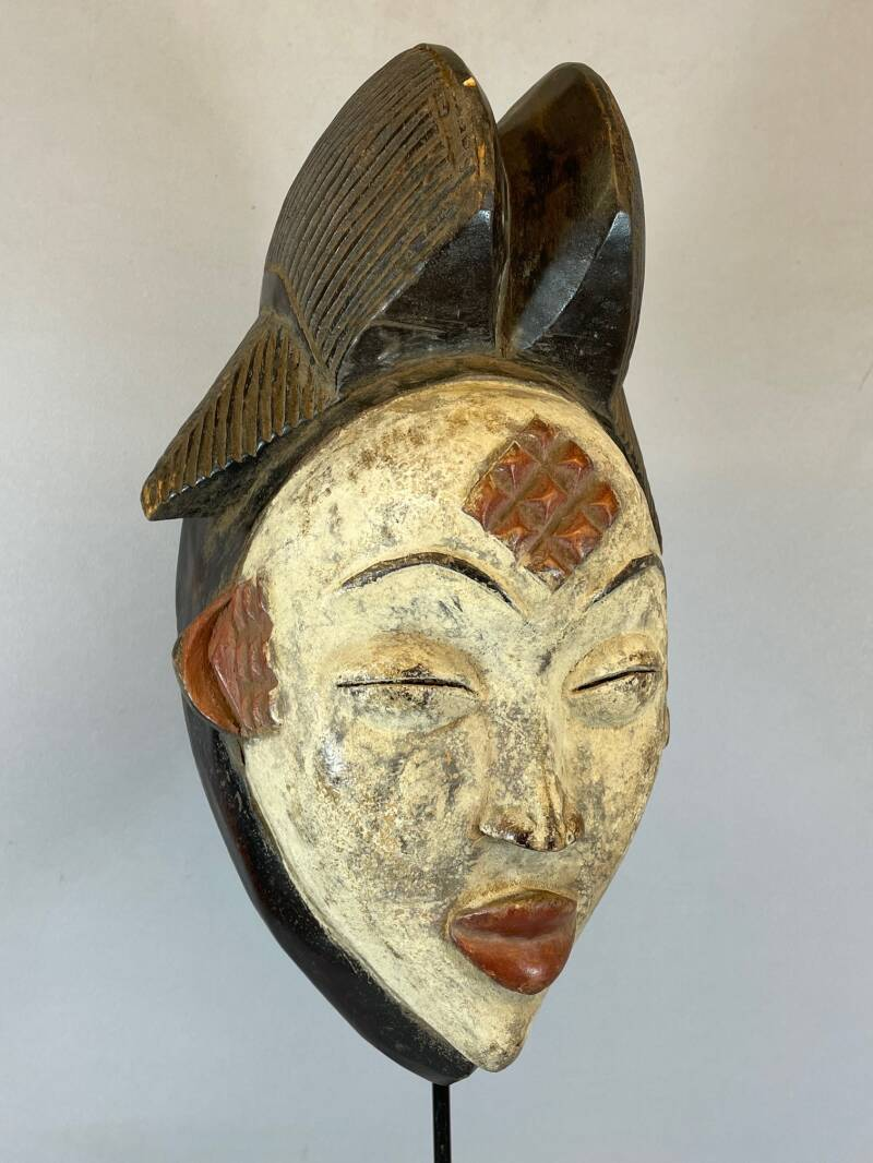 210426 - Tribal used African female mask from the Punu - Gabon.