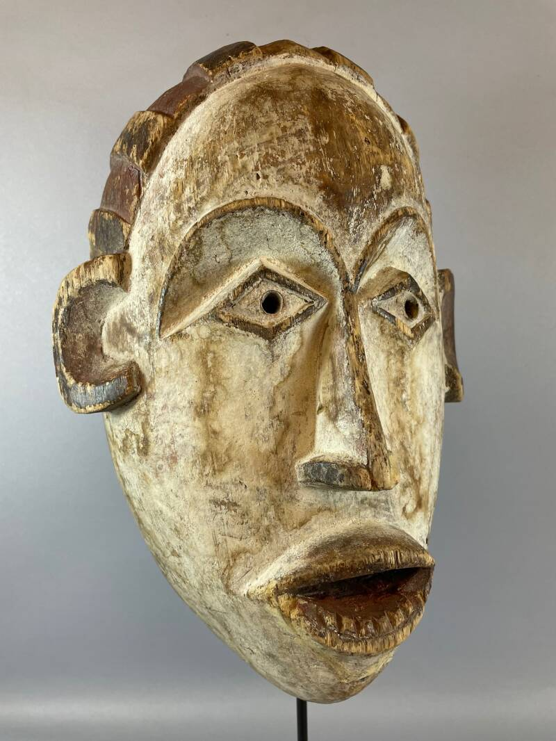210837 - Old & Tribal used African mask from Eket - Nigeria.