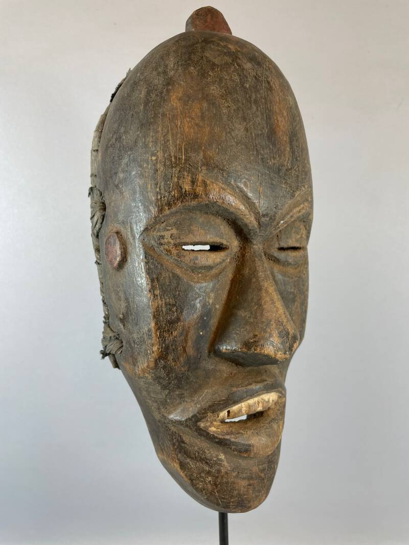 210849 - Old Tribal Used African Mask from the Dan People - Liberia.