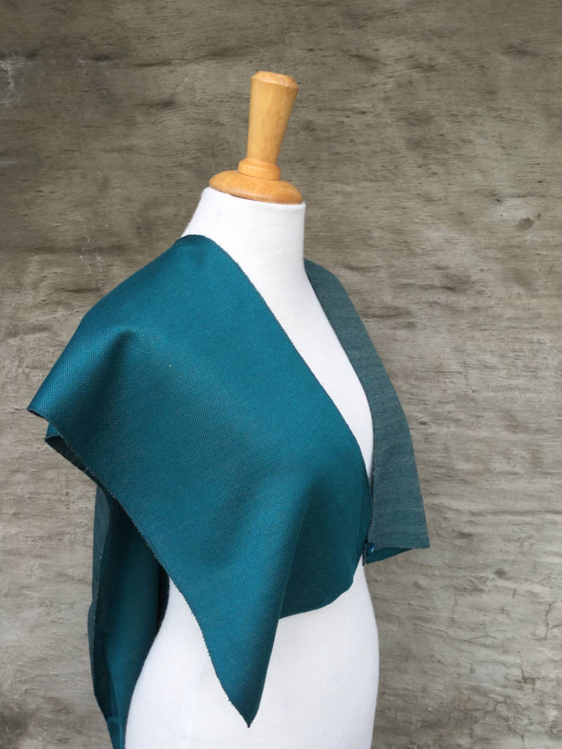Cape/top in turquoise