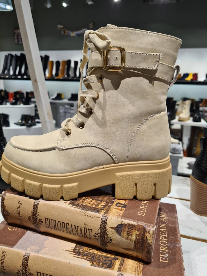 Stoere boots Beige