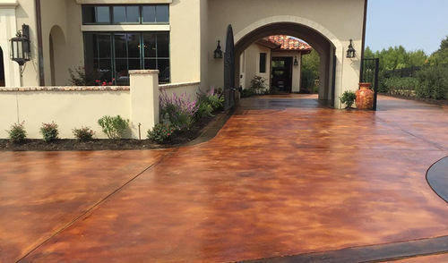 stained-concrete-cleveland-ohio-driveway