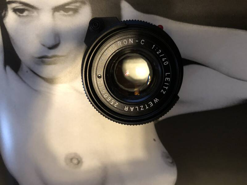 LEICA Summicron 2.0/40mm Wow! in supercondition!