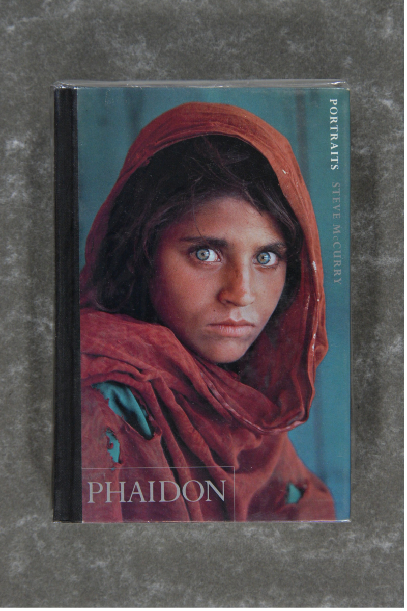 McCurry , Steven - PORTRAITS    Signed!!